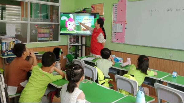 新教材改版后,全能双师创新老师备课方式