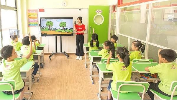托管老师晚上辅导作业要注意什么?全能双师小学同步辅导来支招
